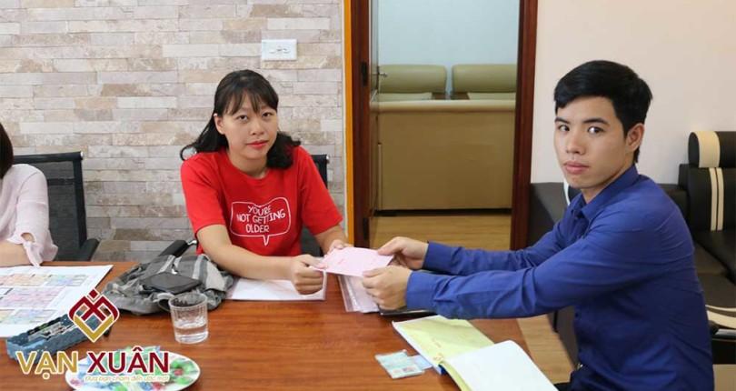 Chuyên viên tư vấn BĐS Vạn Xuân bán 02 căn hộ trong tuần đầu tiên làm việc